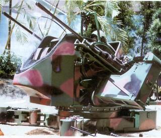 一○五公厘低後座力戰車砲塔