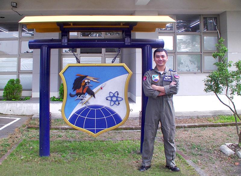 郭敬堂傳承空軍官校的精神,面對任何困難與考驗,都正向看待、勇於面對。
